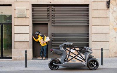 Alumnos del IED Barcelona y la UPC unen diseño e ingeniería para producir un innovador modelo de transporte de carga eléctrico